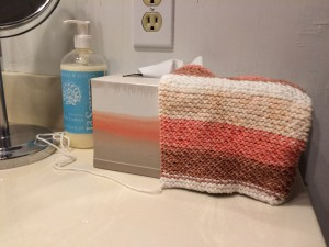 Knitted a tissue box